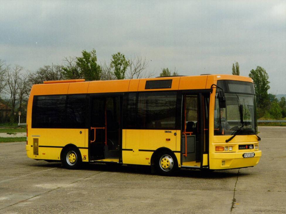 A legsikeresebb magyar midibusz, az 1998-ban bemutatott Ikarus EAG E91. A Rába- és Csepel-alvázra készült járművekből 192 darab készült az Egyedi gyáregységben