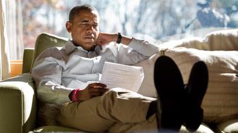 Ufókról olvas Obama a hawaii nyaralásán