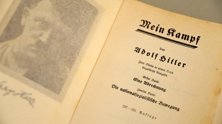 Jó lenne magyarul olvasni a Mein Kampfot