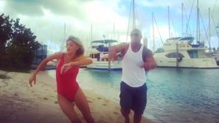 A Szikla egy szép mozdulattal a homokba küldte DiCaprio nőjét
