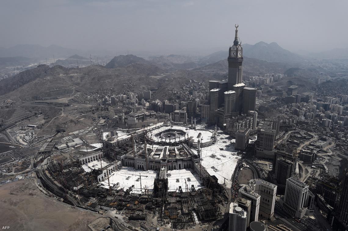 Építkezés a mekkai nagy mecset és az óratorony környékén (2015)