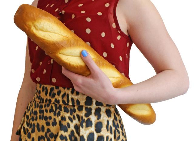 Valószínűleg nem áraszt magából bagett illatot ez a kenyér formájú táska, amit 25.010 forintért rendelhet meg az etsy.com oldaláról.