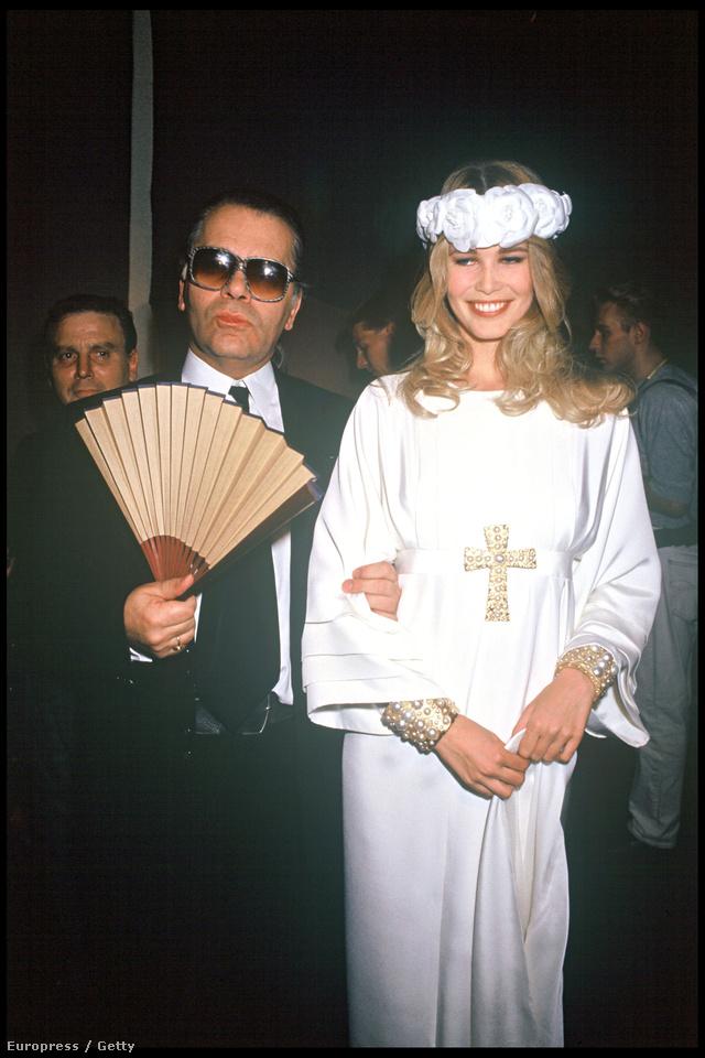 A legyezős tervező és 1991-es múzsája, Claudia Schiffer.
