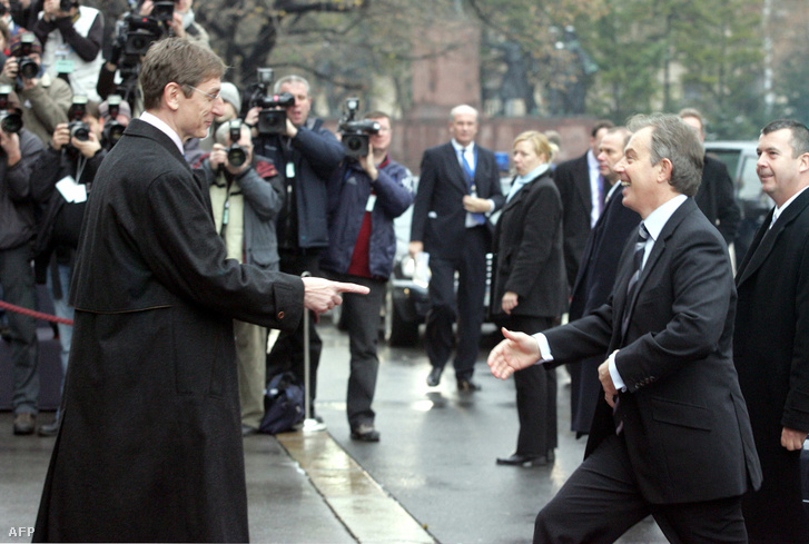 Gyurcsány Ferenc és Tony Blair a Parlament előtt 2005. december 2-án.