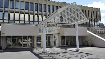 Az államkincstár vizsgálatot ígér az elmaradt bérek ügyében