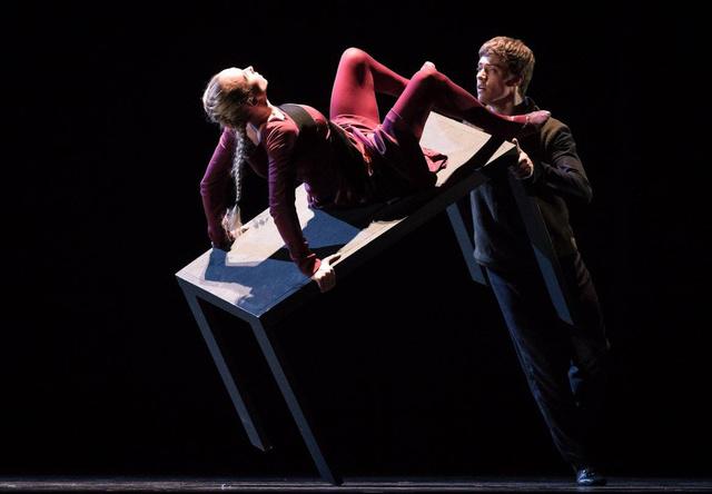 Anna Merkulova, Johannes Schmidt She was Black -Semperoper Ballett