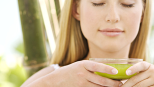 Ezért ne igya bögreszám a zöld teát