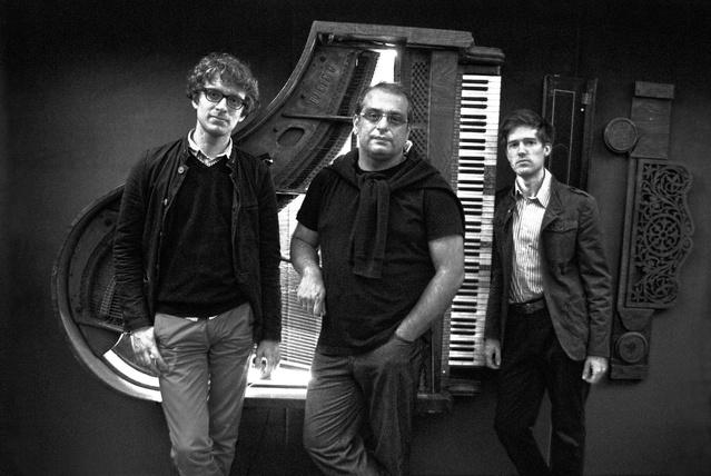 Tálas Áron Trio