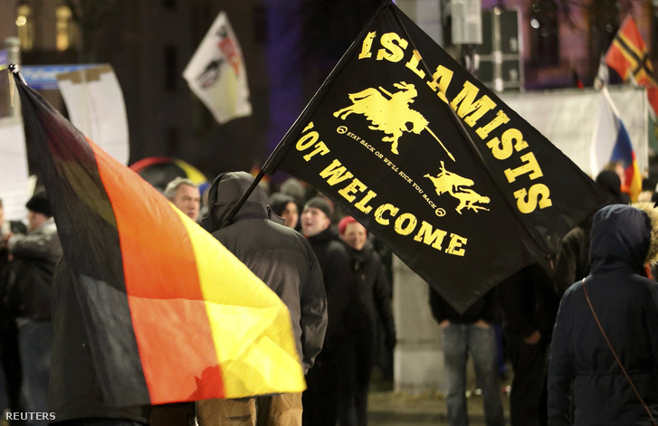 A PEGIDA menekültellenes tüntetése Lipcsében január 11-én