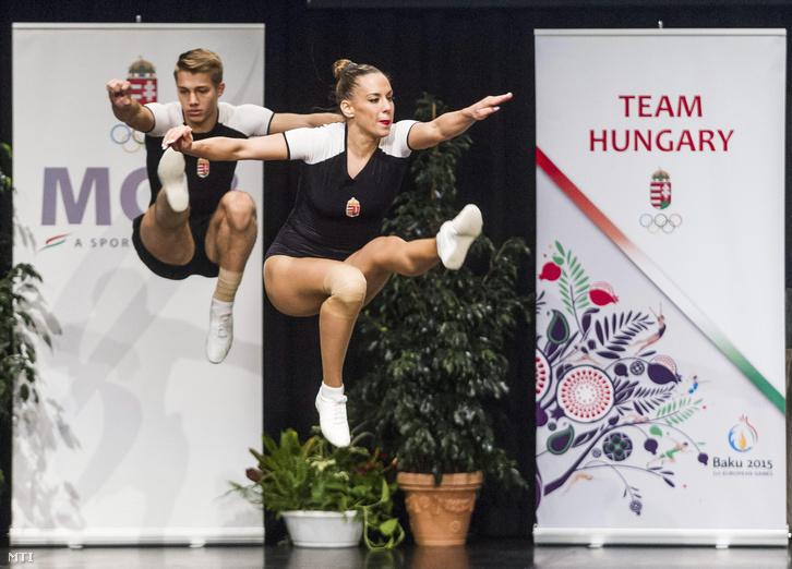 Hegyi Dóra és Bali Dániel, az aerobikválogatott tagjai tartanak bemutatót a június 12. és 28. között megrendezésre kerülő bakui I. Európa Játékokra utazó magyar sportolók ünnepélyes csapatgyűlésén
