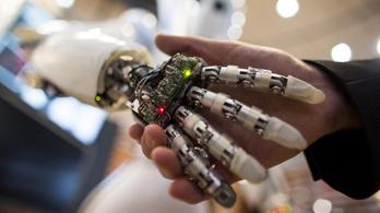 A robotok elveszik a munkánkat