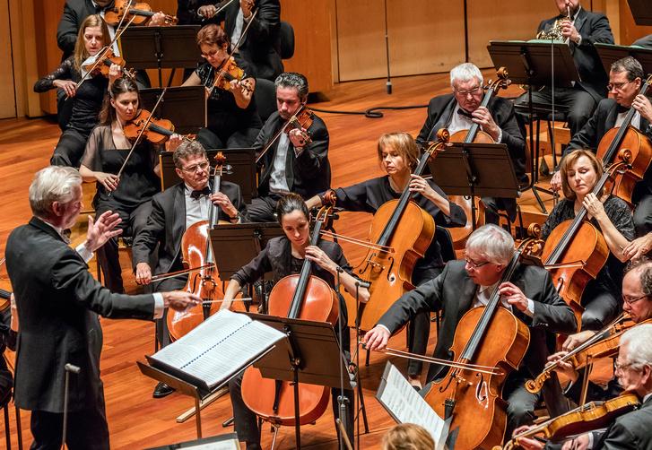 Jukka-Pekka Saraste és a Budapesti Fesztiválzenekar
