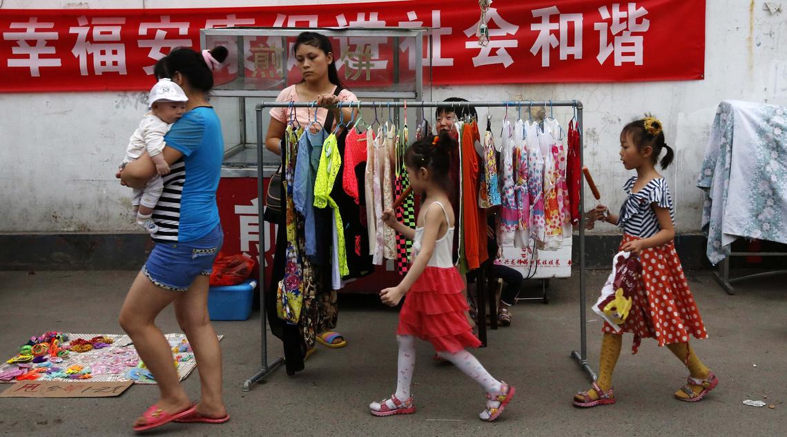2013-09-05T090559Z 1306257184 LM2E9940TBZ01 RTRMADP 3 CHINA