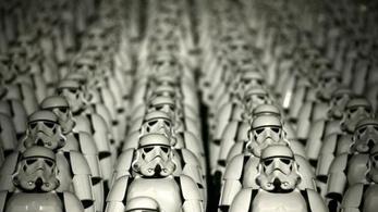 Csak mütyűreladásból 700 millió dollárt keresett a Star Warson a Disney 2015-ben