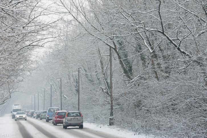 Havas út Debrecen közelében