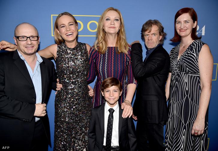 Lenny Abrahamson rendező, Brie Larson, Jacob Tremblay, Joan Allen, William H. Macy és Emma Donoghue a film bemutatóján, a Pacific Design Centerben, Hollywood, 2015. október 13.