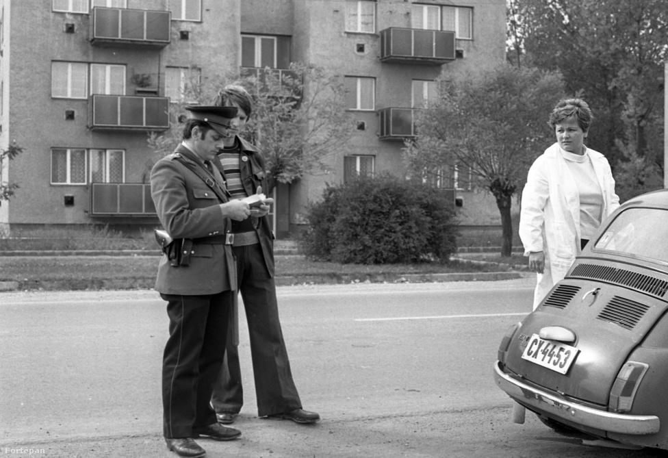 Közúti ellenőrzés 1980-ban.