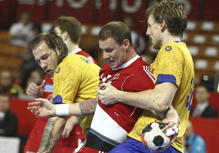 Zubai Szabolcs (k) valamint a svéd Andreas Nilsson (b) és Jesper Nielsen (j)