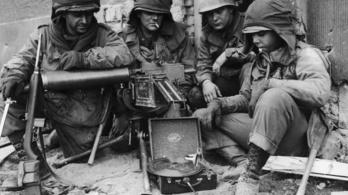 A második világháború alatt lemezfelvételi tilalom volt Amerikában