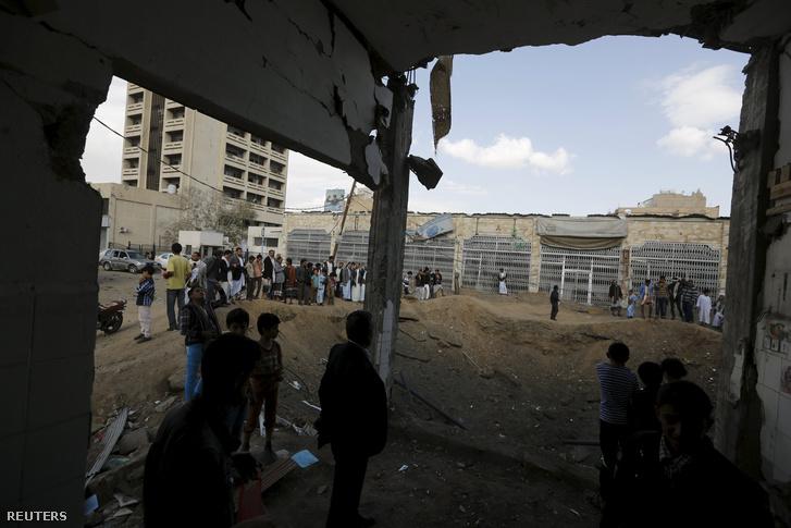 Szaudi légicsapás helyszíne a jemeni Sanaa-ban