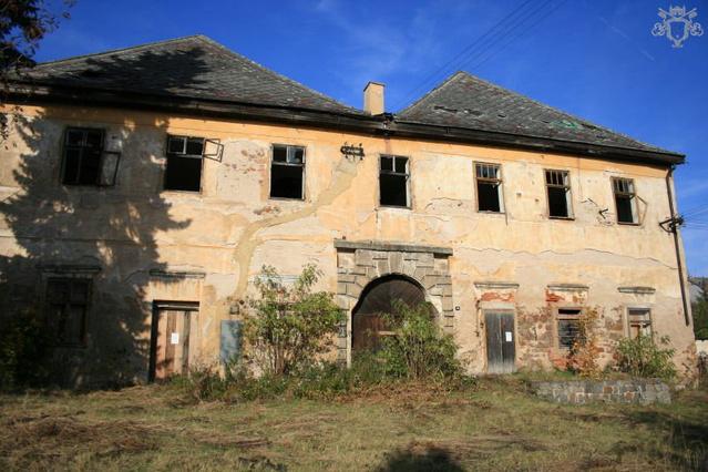Példaul ez a kastély már potom 19000 euróért az öné lehet!