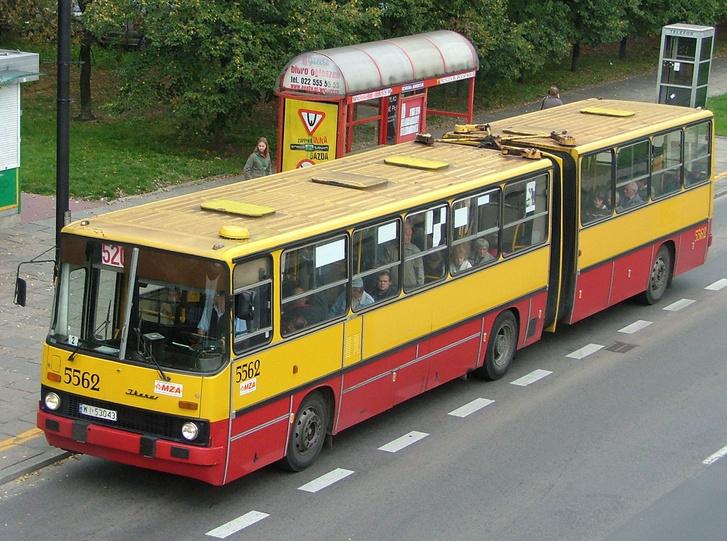 Varsó 2013-ban kidobta az utolsó Ikarust is. Budapesten erre még várnunk kell néhány évet