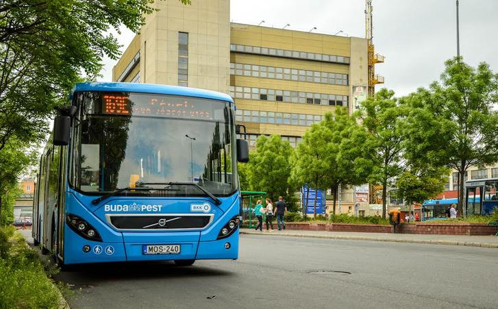 Az alumínium vázas Volvo 7900-asból 61 közlekedik Budapesten