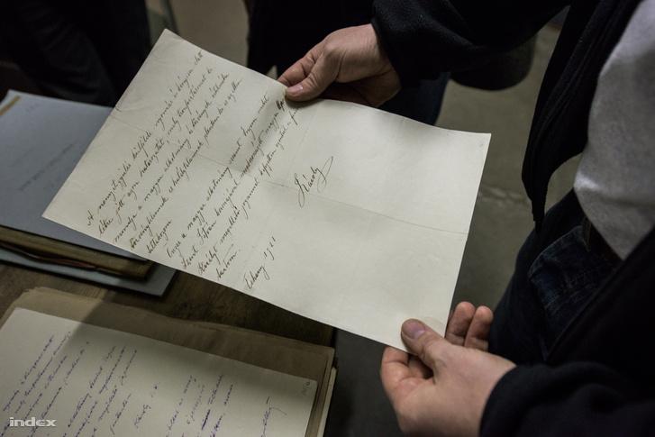 Károly király válasza a neki küldött lemondónyilatkozatra