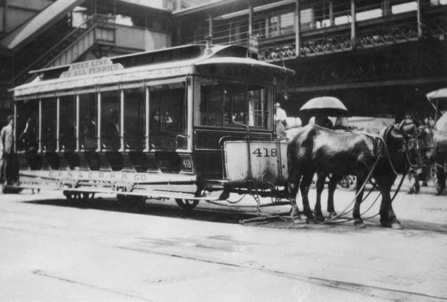 1917-ben ilyen volt a New York-i villamos. Fotó: Europress / Getty