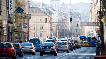 Digitális pórázt kapnak az autósok