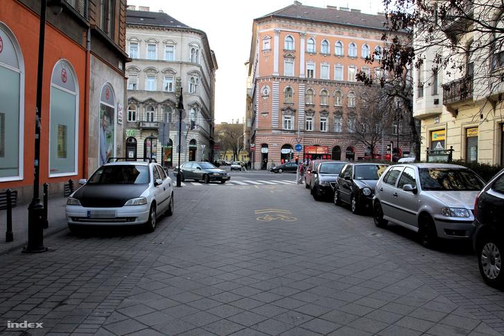 20160207 Tompa utca parkolas 2