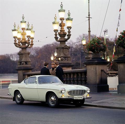 volvo p1800 coupe1