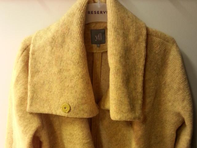 Reserved: ez a kardigánba oltott kabát 21.995 forint.