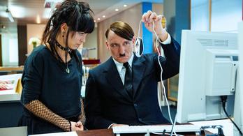 A Netflixre kerül a Boratszerű Hitler