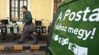 A Fővárosi Törvényszék szerint ki kell adni a posta szerződéseit