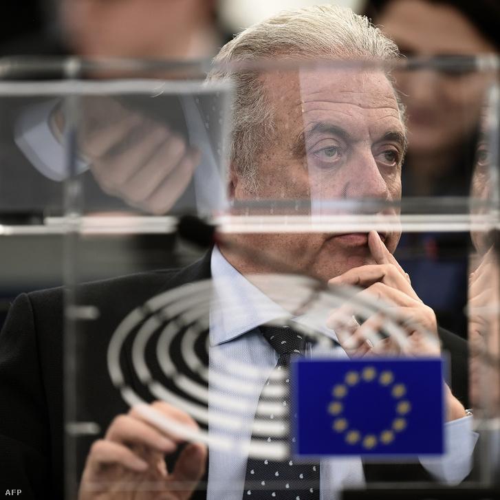 Dimitrisz Avramopulosz bevándorláspolitikáért felelős EU-biztos