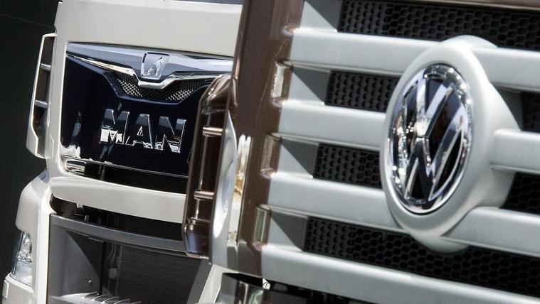 Eladná néhány márkáját a Volkswagen csoport