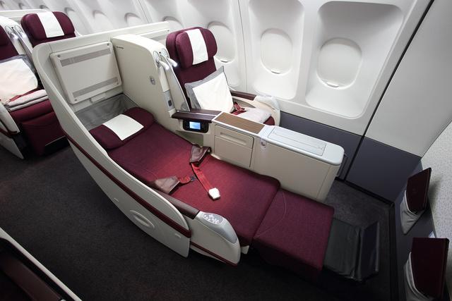 Qatar Airways A330 ággyá nyitható ülés a business osztályon