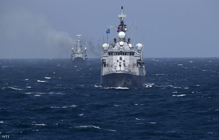 NATO hadgyakorlat a Fekete-tengeren.