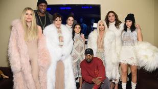 Mindenkiből hülyét csinál Kanye West