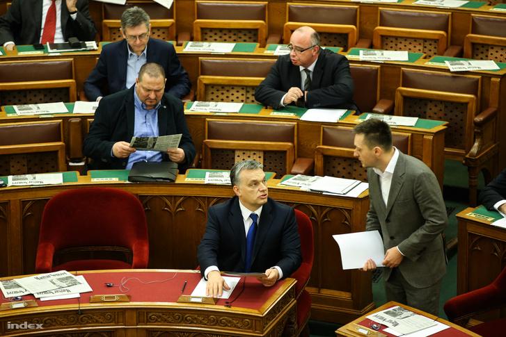 Orbán Viktor és Rogán Antal