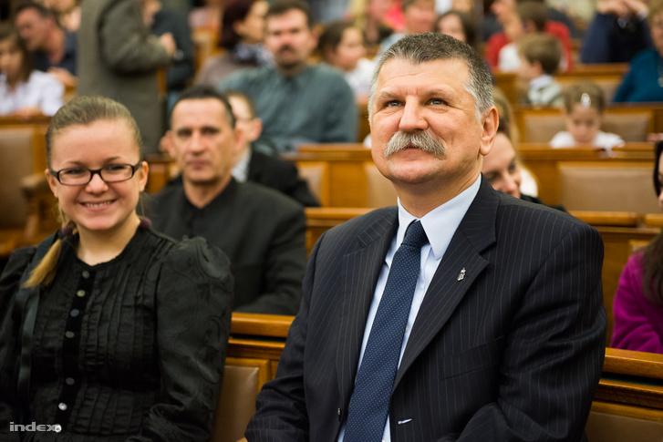 Akár Kövér László is lehet Magyarország boldogságügyi minisztere.