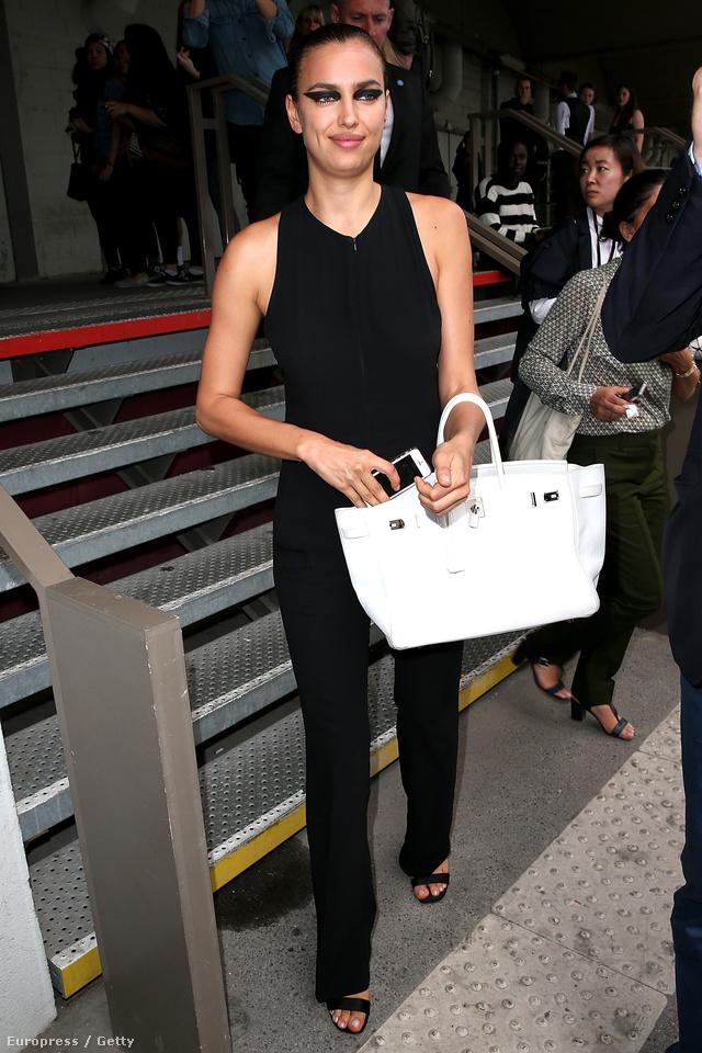 Irina Shayk modellnek, jó pár Birkin táska lapul a gardróbjában.