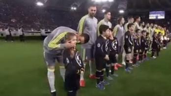 Élete legemlékezetesebbje lehet a Ronaldo-puszi