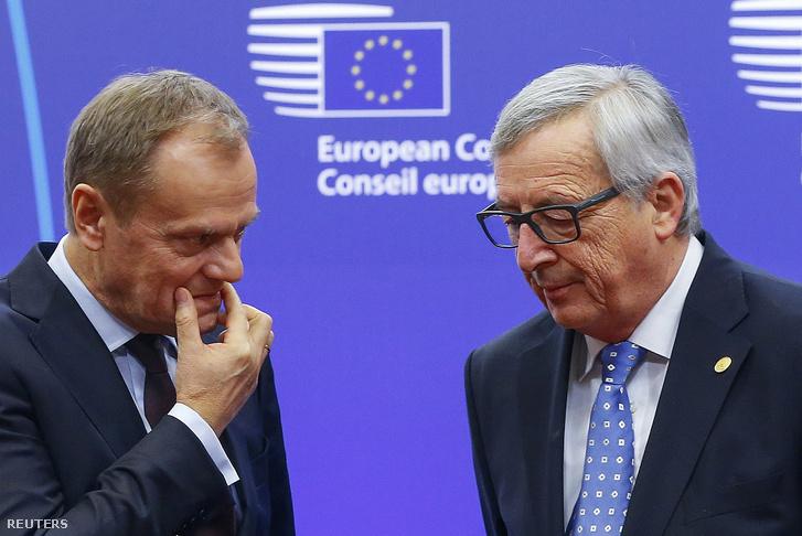 Donald Tusk és Jean-Claude Juncker az EU-csúcs előtt.