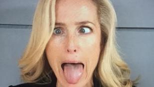 Scully ügynököt egyre jobban beszippantja a közösségi média
