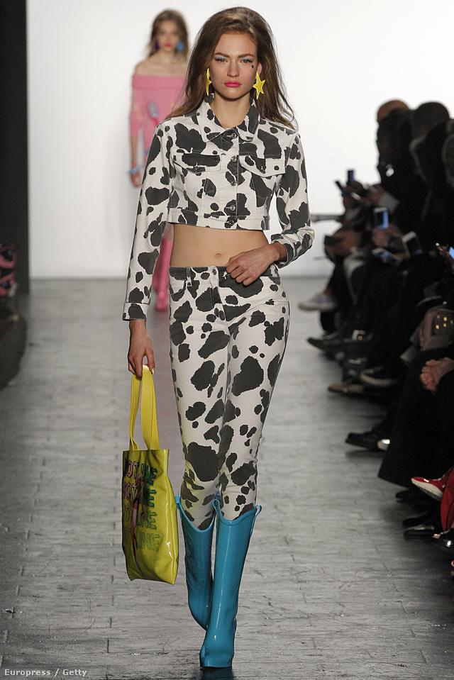 De hasvillantós tehenészlánynak is öltözhetünk, ha kedvünk tartja.