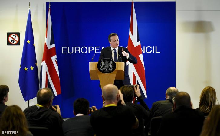David Cameron sajtótájékoztatója a csúcstlálkozót követően Brüsszelben, 2016. feburár 19-én.