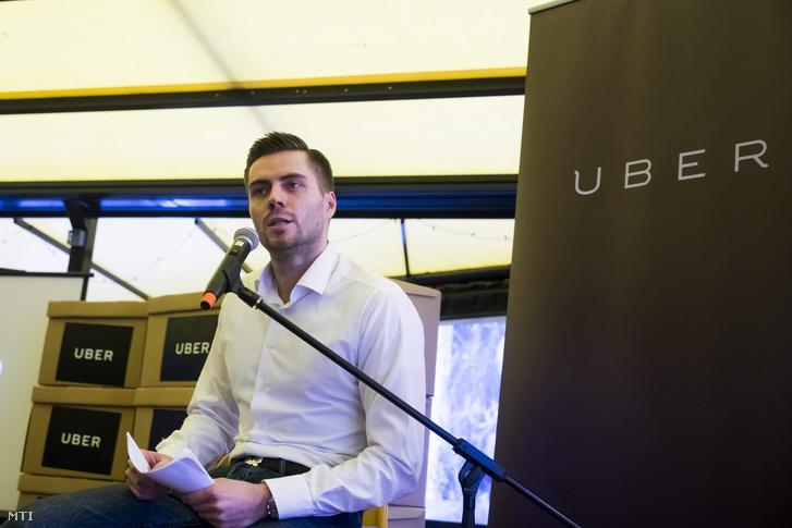 Fekete Zoltán az Uber közösségi személyszállító szolgáltatás magyarországi operatív vezetõje.