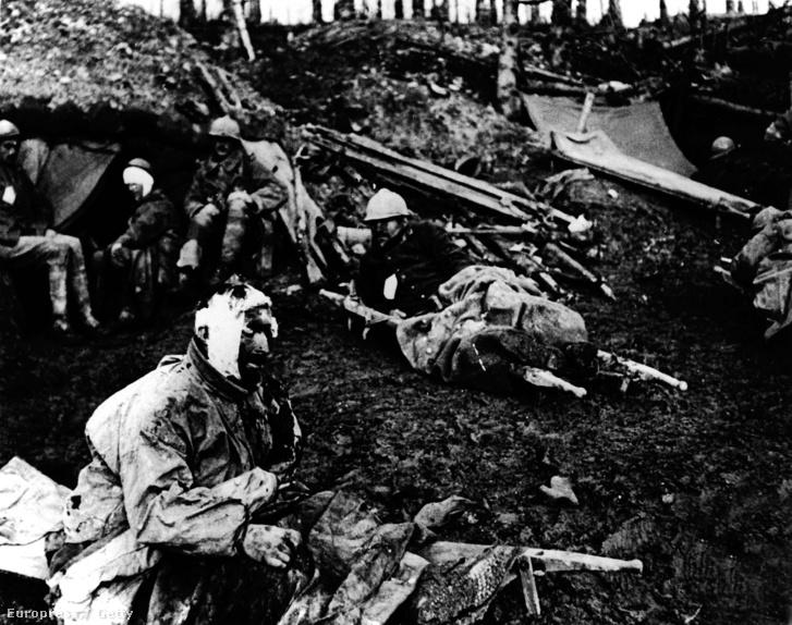 Sebesült francia katonák Verdunnél